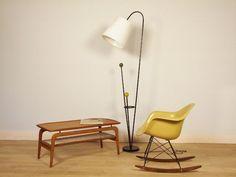 lampadaire années 50 - maisonsimone.com #design #vintage #interior #lamp