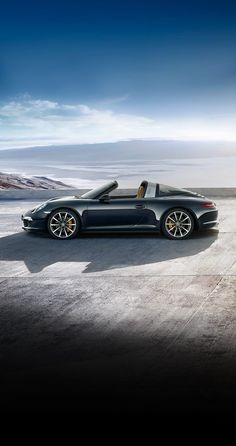 The new Porsche 911 Targa 4S