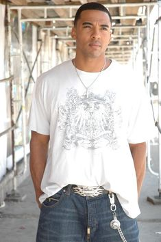 CHRISTIAN KEYES - The best Christian Keyes Images, Pictures, Photos, Icons and Wallpapers on RavePad! Christian Keyes, Beautiful Boys, Mens Tops, Pictures, T Shirt, Image, Fashion, Cute Boys, Photos