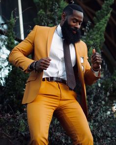 """""""Don't be into trends. Don't make fashion own you, but you decide who you are, what you want to express by the way you dress, and the way… Mode Masculine, Mens Fashion Suits, Mens Suits, Look Fashion, Fashion Outfits, Fashion Black, Fashion Ideas, Handsome Black Men, Dapper Men"""