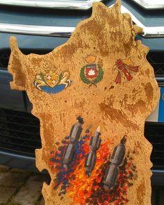 by http://ift.tt/1OJSkeg - Sardegna turismo by italylandscape.com #traveloffers #holiday | Sardegna da 80 cm ...Candelieri di Sassari con relativi stemmi di gemellaggio con Gubbio. #sassari #candelieri15 #gubbio #gremio #sughero #sardegna #unionesarda #lanuovasardegna #igerssardegna #volgoitalia #artigianato #artigianatodiqualita #sardiniamagicisland # Foto presente anche su http://ift.tt/1tOf9XD | May 18 2016 at 09:17AM (ph faustosanna ) | #traveloffers #holiday | INSERISCI ANCHE TU…