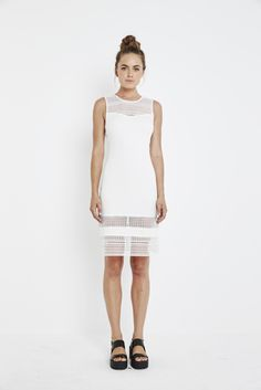 Every wardrobe needs a little white dress for Summer. The Wanderer Lace Midi Dress absolute perfection!