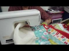 how to quilt as you go. A youtube tutorial by Jenny Doan :)
