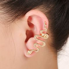 Qtalkie Cool Stylish Retro Vintage Punk Winding Snake Left Ear Cuff Wrap Earring Gold by Qtalkie -- Awesome products selected by Anna Churchill Snake Earrings, Cuff Earrings, Cartilage Earrings, Statement Earrings, Clip On Earrings, Stud Earring, Earings Gold, Snake Jewelry, Ear Piercing