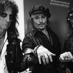 #JohnnyDepp, #AliceCooper and #JoePerry display their new RAD #HollywoodVampires rings made by @rebellioussoul925! -------------------------------------------------- #rocknroll #jewelry #silver #tour #blackandwhite #grammys #style #hollywood