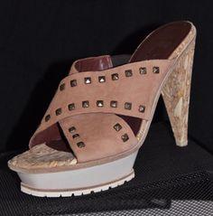 $449 Studded Leather DONALD PLINER Italy Platform Iverem Slides Sandals Sz 10Our price: $119.00http://2tymingthreads.com/index.php?l=536778