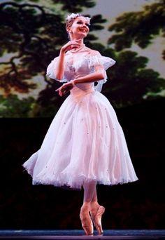 Eugenia Obraztsova-Bolshoi Ballet-2010-La Sylphide-Dance Open Ballet Festival- Photo Stanislav Belyaevsky- De Dance.Passion.Life