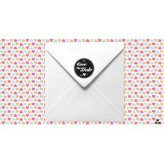 Tampon mariage Save the date Chevron en bois et vintage idéal pour agrémenter votre papeterie et vos enveloppes. Une manière originale pour annoncer la date de votre mariage.