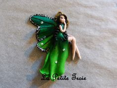 Hada http://lapetitetroie.blogspot.com.es/  https://www.facebook.com/lapetitetroie/  lapetitetroie@gmail.com