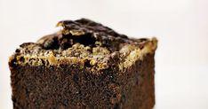 Chokolademoussekage - helt let og silkeblød Food Cakes, Cake Cookies, Brownies, Cake Recipes, Te Hygge, Sweets, Desserts, Danish Recipes, Cacao Powder