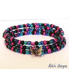 Polymer Clay Magnet, Clay Magnets, Memory Wire Jewelry, Wooden Jewelry, Diy Bracelet Storage, Happy Birthday Chalkboard, Handmade Bracelets, Beaded Bracelets, Jewelry Rack