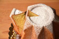 Ecco la ricetta del pandoro Bimby tm31 e tm5 fatto in casa! Per Natale prepara un soffice pandoro che puoi mangiare così oppure farcito, con tanto zucchero