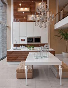 wohnideen k che modern wei hochglanz marmor kochinsel. Black Bedroom Furniture Sets. Home Design Ideas