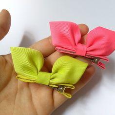 Diy Baby Headbands, Baby Bows, Ribbon Hair Bows, Diy Hair Bows, Diy Shrink Plastic Jewelry, Felt Hair Accessories, Making Hair Bows, Boutique Bows, How To Make Bows