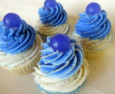 Sweet Blueberry Creme Cupcake Soap / Cold Process Soap / Coconut Milk Soap / Shea Butter Soap / Artisan Soap / Soap Cupcake, $7.00