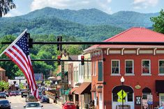Explore our 40 favorite small towns in the Blue Ridge Mountains near Asheville NC, with shopping, restaurants and many things to do. Chimney Rock North Carolina, Bryson City North Carolina, Bryson City Nc, Saluda North Carolina, Cashiers North Carolina, Nc Mountains, Blue Ridge Mountains, Small Town America, North America