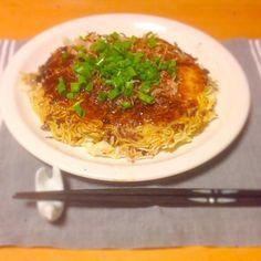今日の晩御飯はミンチ肉を使った尾道焼き。いただきます。 - 33件のもぐもぐ - 今日の晩御飯 by yujimrmt