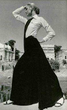 1970 - Yves Saint Laurent ensemble