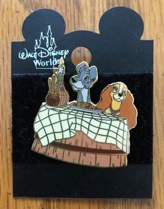 DCL CRUISE LINE New in Package 7 Pin Booster Set Disney MICKEY /& FRIENDS