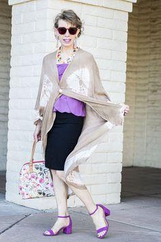Kimono over thin strap top with bright purple sandals