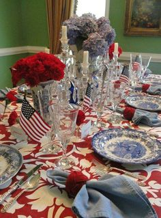 creative, not typical, july table Fourth Of July Decor, 4th Of July Celebration, 4th Of July Decorations, 4th Of July Party, July 4th, Patriotic Party, House Decorations, Elegant Table Settings, Beautiful Table Settings