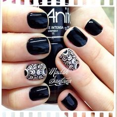 Lace pattern is a good option if you r attending a wedding banquet. Fabulous Nails, Gorgeous Nails, Pretty Nails, Hair And Nails, My Nails, Mandala Nails, Watermelon Nails, Lace Nails, Gelish Nails