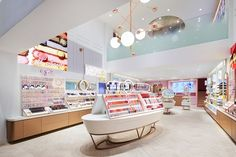 Design showcase: Etude House flagship ups sales with new format - Retail Design World