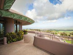 A Wedding at the King Kamehameha Golf Club by Trish Barker