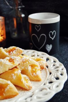 Marmeladestangerl Austrian Recipes, Biscotti, Macaroni And Cheese, Bakery, Sweets, Breakfast, Ethnic Recipes, Party, Sweet Desserts