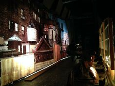 Andrew Bikichky ‏- Outside the windows of Beckett's apt lit for night Ep622