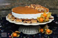 Tort diplomat cu capsuni - CAIETUL CU RETETE Christmas Cookies, Tiramisu, Deserts, Ethnic Recipes, Food, Sweets, Xmas Cookies, Christmas Crack, Desserts