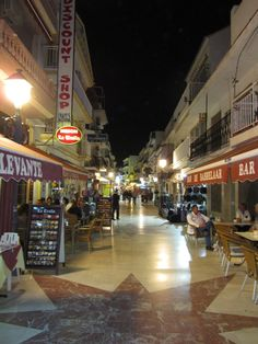 Torremolinos (Costa Del Sol) Spain - 1 block from the sea