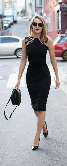Vestido preto ombro em tiras
