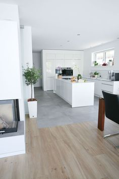 Searching for a small cooking area idea? Right here we find great deals o… – Nachrichten Finanzieren Searching for a small cooking area idea? Right here we find great deals o… – Black Kitchen Cabinets, Black Kitchens, Kitchen Tiles, Kitchen Colors, Kitchen Flooring, Home Kitchens, Cupboards, Kitchen Interior, Kitchen Decor