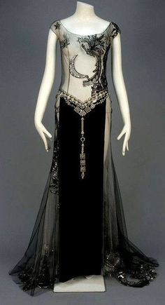"""late or early Art Deco Gown. Most likely a """"dancers"""" outfit. 1930s Fashion, Moda Fashion, Art Deco Fashion, Vintage Fashion, Edwardian Fashion, Fashion Gallery, Gothic Fashion, Trendy Fashion, Womens Fashion"""