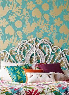print & pattern: HOME DECOR - harlequin amazilia Tropical Colors, Tropical Design, Home Decor Hacks, Diy Home Decor, Interior Design Minimalist, Artist Bedroom, Living Room Bedroom, Bedroom Inspo, Bedroom Ideas