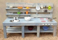 Best Diy Kids Outdoor Play Area Ideas Benches Ideas Outdoor recreation or outdoor activity Outdoor Play Kitchen, Kids Outdoor Play, Outdoor Play Spaces, Kids Play Area, Backyard For Kids, Diy For Kids, Outdoor Fun, Backyard Kitchen, Garden Kids