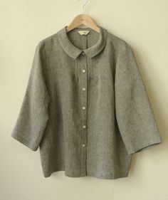 Linen blouse with small tucks