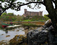800 years home of the MacLeods by B℮n, via Flickr