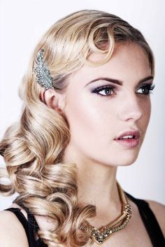 20s style for long hair