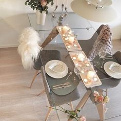✨Håper dere har en fin dag✨  og velkommen til nye følgere setter veldig pris på at dere vil følge meg! - -I hope you have a nice day  ✨ and welcome to new followers!  I appreciate that you will follow me  -#cozy#interior123#follow#instagood#charminghomes#art#instalike#instalove#photooftheday#styling#fashion#fashionaddict#decor#love#lights#romantic#collage#fashioninsta#fashionselection#chunkyteppe#chunkyblanket#boconcept#linddna#boliacom#diningtable#diningroom#borddekking#t...
