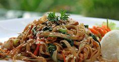 Découvrez cette recette de Sauté de poulet et nouilles de Shanghai pour 4 personnes, vous adorerez!