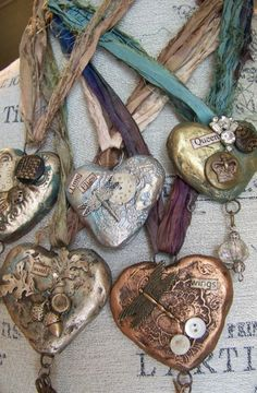 intriguedsoul: I completely adore these vintage necklaces… They speak to my faery heart and soul. ~Charlotte (PixieWinksFairyWhispers)