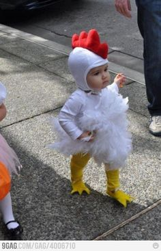 30 halloween costumes for kids/girl!Discover the biggest and best selection of unique Kids Costumes on the entire web? Find the best Halloween Costumes for kids Halloween Costume Patterns, Cute Costumes, Halloween Costumes For Kids, Fall Halloween, Homemade Halloween, Costume Ideas, Homemade Baby Costumes, Baby Animal Costumes, Baby Girl Halloween Costumes