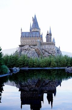 Harry Potter World in Universal Studios, Japan! Click pin through to post for more amazing ideas for things to do in Osaka.