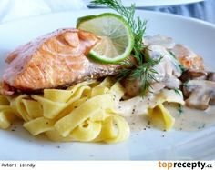 206 * Losos s restovanymi zampiony a smetanovym prelivem Clean Eating, Healthy Eating, Salmon Pasta, Fish And Meat, Creamy Sauce, Healthy Alternatives, How To Cook Pasta, Meat Recipes, Salmon