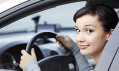 Agora, em São Paulo, tem app de táxi exclusivo para mulheres. Veja:  http://blogetcetera.com.br/2016/12/16/app-de-taxi-exclusivo-para-mulheres-e-lancado-em-sao-paulo-com-mil-cupons-de-desconto/