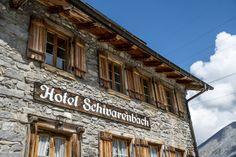 Die schönsten und speziellsten Schweizer Hotels, Herbergen und Hütten Das Hotel, Broadway Shows, Hotels, Forest House, Swiss Guard, Hiking, Traveling