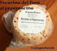 Fiore all'occhiello della tradizione casearea calabrese. Clicca calagusto.com  #pecorino #formaggio #peperooncino #piccante #food #cibo #latte #estate #calabria