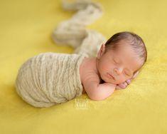 Newborn photography - Newborn photographer Torino - baby - newborn photography ideas - newborn photography poses - Marco Goi photographer - www.studionadar.it